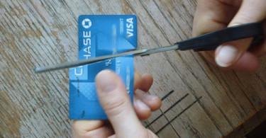 chase-card-cut
