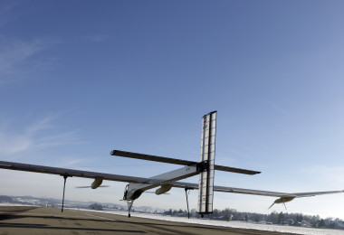 Flea_Hop_HB-SIA_-_Solar_Impulse
