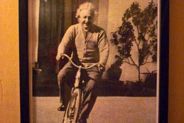 einstein-bike