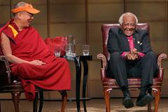 Dalai Lama & Desmond Tutu, Vancouver 2004, photo by Carey Linde, Creative Commons